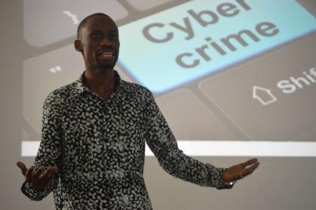 Tanzanie : le torchon brûle entre les bloggeurs et gestionnaires de forums