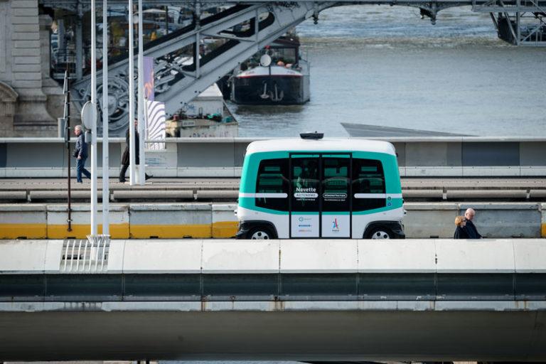 Quelle stratégie pour le développement du véhicule autonome en France ?