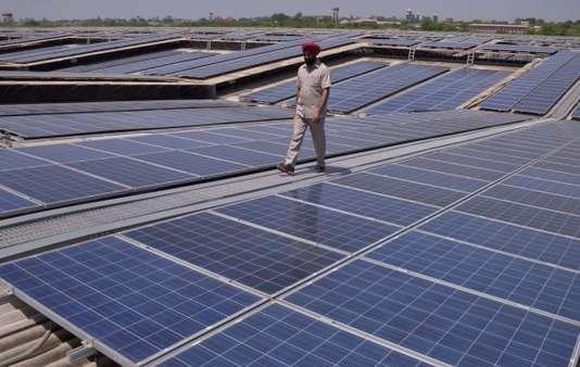 En Inde, des panneaux solaires pour tous