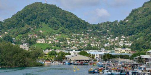 Aux Seychelles, l'énergie viendra des panneaux solaires flottants