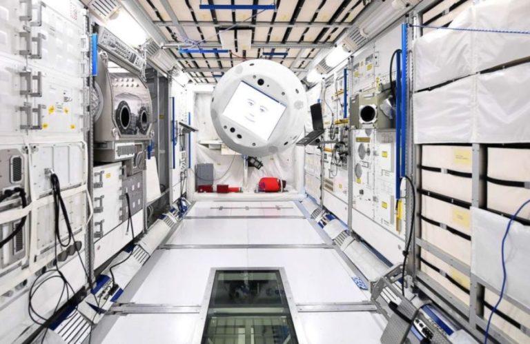 Cimon, le premier «robonaute» intelligent est en route pour l'ISS