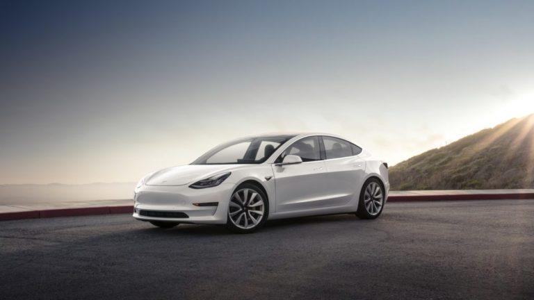 Employés au bord du burn-out : comment Tesla a produit 5 000 Model 3 en 7 jours