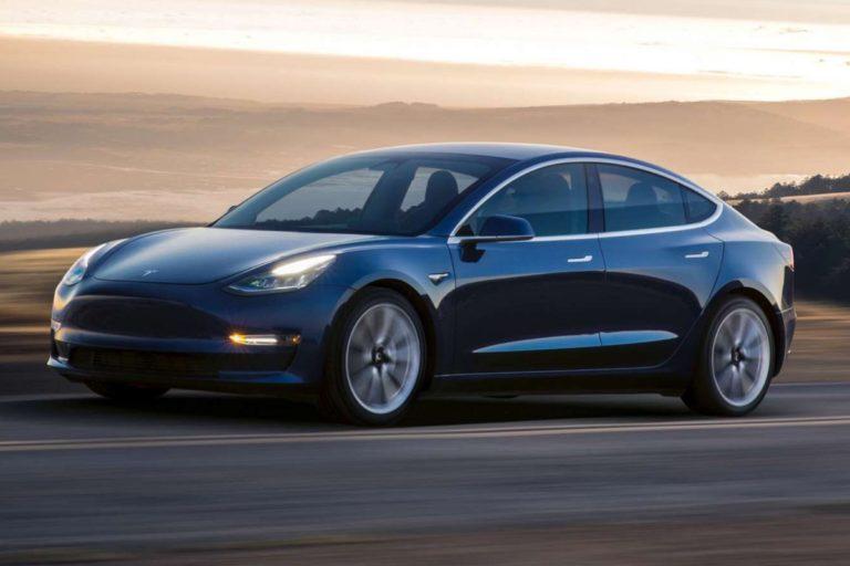 Tesla tient enfin sa promesse : 5 000 Model 3 sortent d'usine chaque semaine