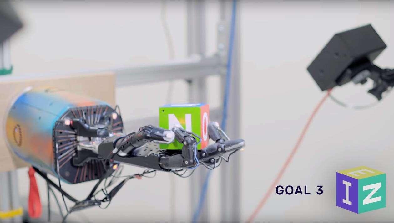 Cette main robotique s'est exercée 100 ans en seulement quelques semaines
