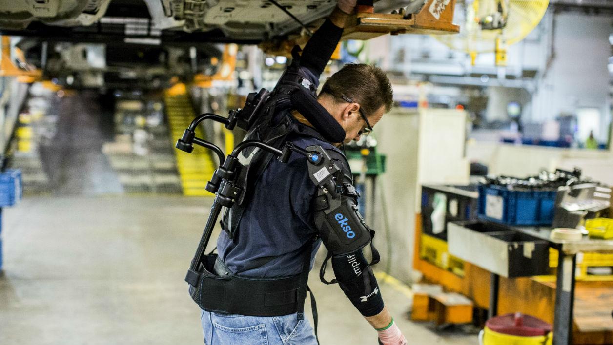 Ford équipe ses ouvriers d'un exosquelette