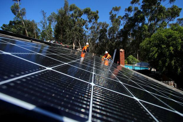 En s'engageant à 100% d'électricité «propre» d'ici 2045, la Californie lance un défi à Trump