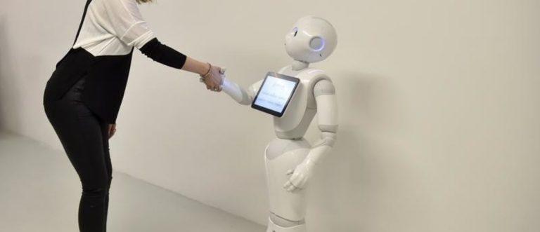 Pourquoi les étudiantes doivent s'emparer de l'intelligence artificielle en urgence