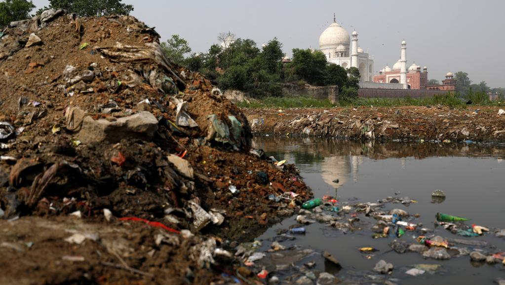 Environnement: l'Inde submergée par la pollution des déchets plastiques