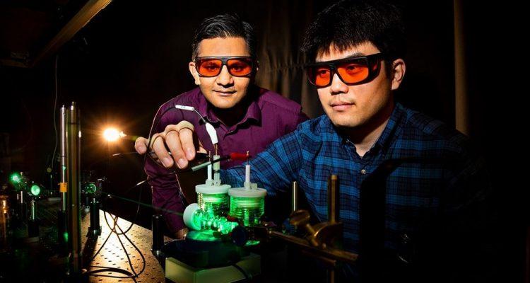 Un système de photosynthèse artificielle produit du carburant liquide à partir de CO2