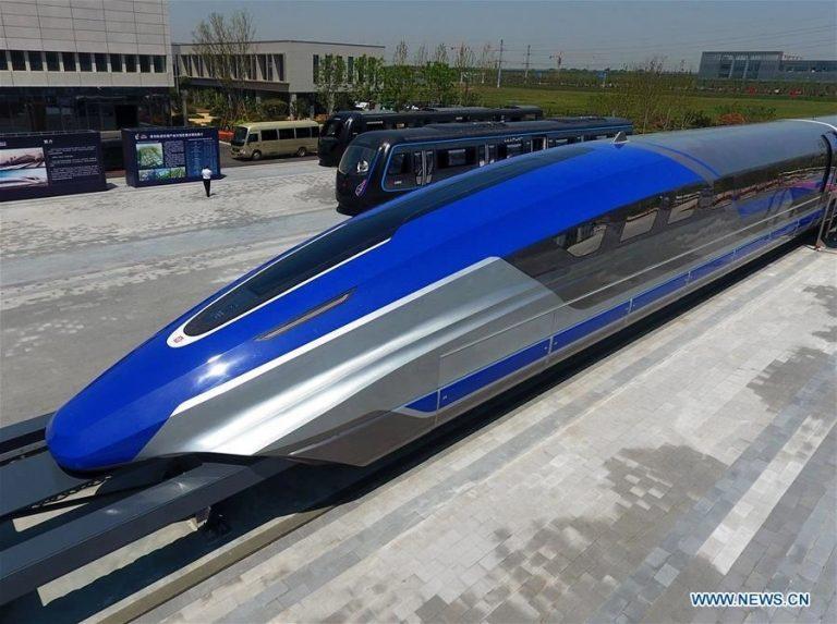 La Chine dévoile un prototype de train à sustentation magnétique circulant à 600 km/h