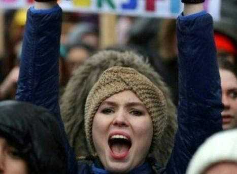 Des centaines de personnes à Londres pour les droits des femmes
