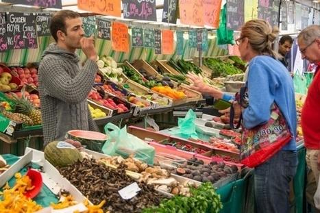 En 2016, les Français veulent consommer «mieux», mais n'ont pas confiance en les marques