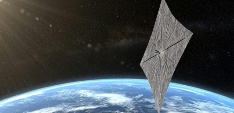 «Solaire» dans «Singularité technologique > Espace»
