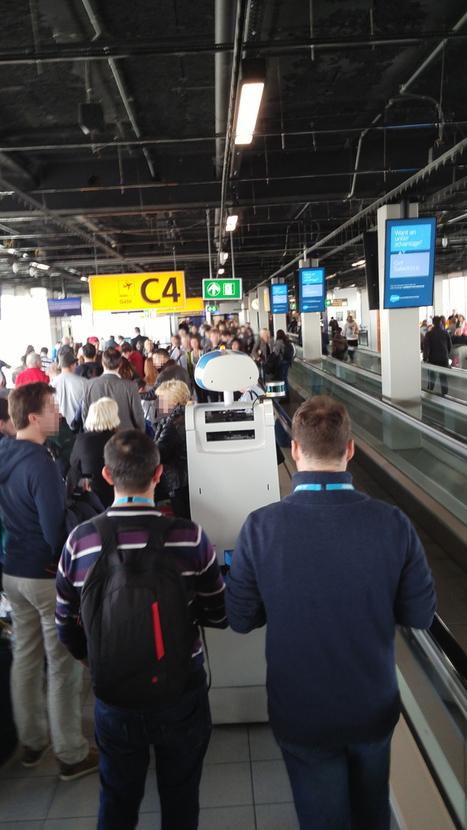 Le robot-guide de KLM pourrait bientôt arriver dans les aéroports