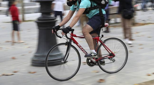 Les livreurs à vélo, forçats du bitume sous la canicule