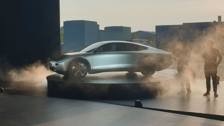 Lightyear One, la voiture électrique qui se recharge au solaire