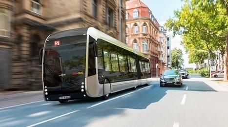 Pau: La ville dévoile son Fébus, le premier bus à hydrogène de France