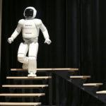 Robots coming to steal half your jobs, Bank of England warns