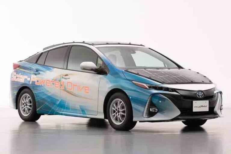 Toyota Prius Solar : un toit solaire dernière génération pour plus d'autonomie