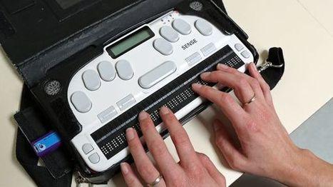 Une tablette braille française utilisable par les aveugles comme les valides