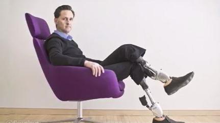 VIDEO. Hugh Herr, l'homme réparé grâce aux prothèses biomimétiques