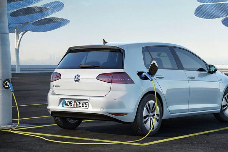es voitures électriques devront émettre un bruit en dessous de 20 km/h