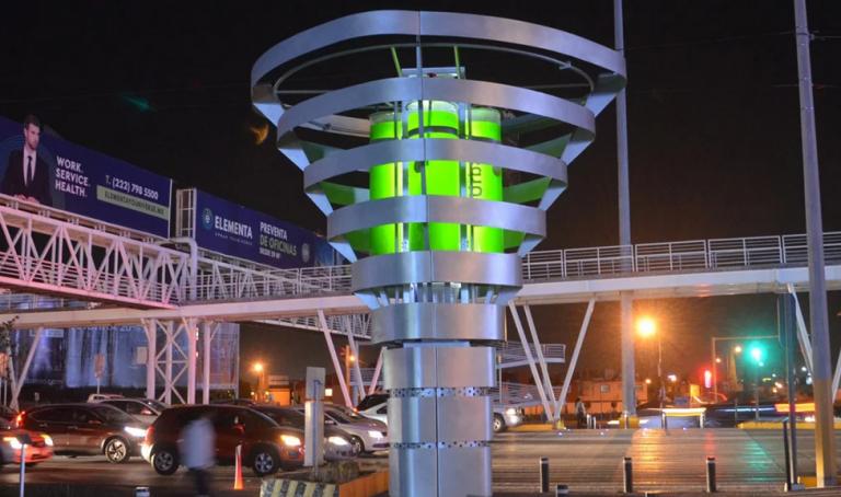 Cette start-up a mis au point un arbre artificiel capable de purifier l'air des villes !
