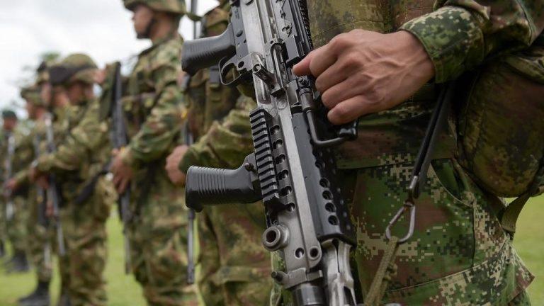 Colombie : l'ex-numéro deux des Farc reprend les armes, Bogota riposte