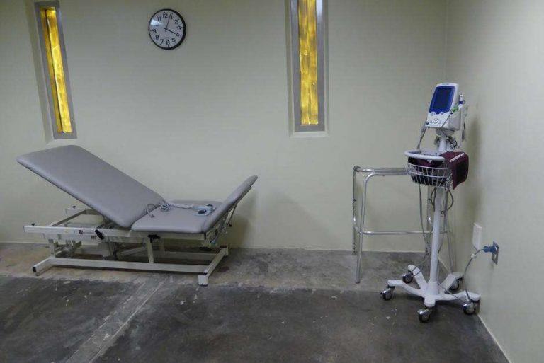 États-Unis. Vieillir à Guantánamo