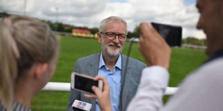 Jeremy Corbyn veut annuler le Brexit en prenant la place de Boris Johnson