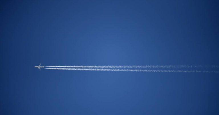 L'avion dans un voyage au long cours pour réduire son bilan carbone
