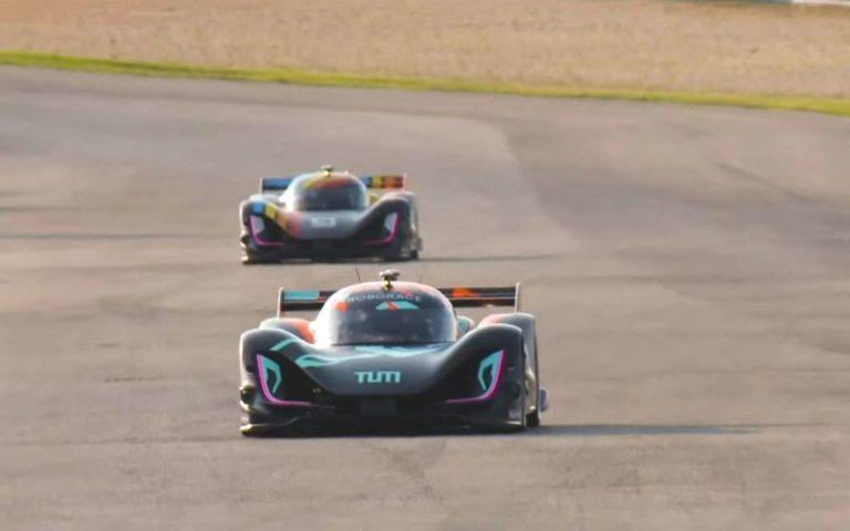 Roborace : regardez la première course de voitures autonomes