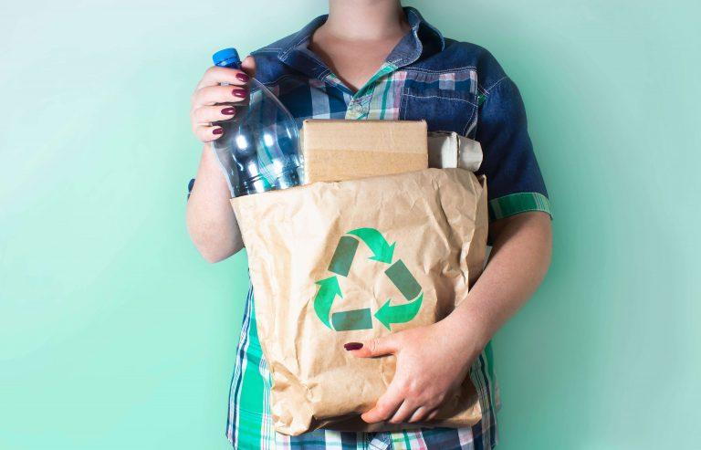 Consigne, invendus, plastiques… Ce que la loi antigaspi pourrait changer