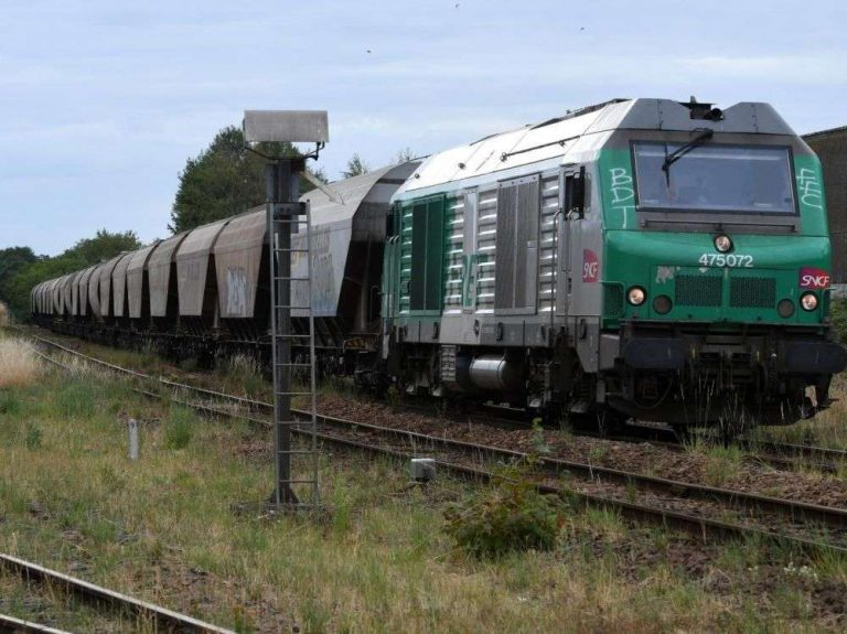 La SNCF s'engage à ne plus utiliser de glyphosate d'ici à 2021