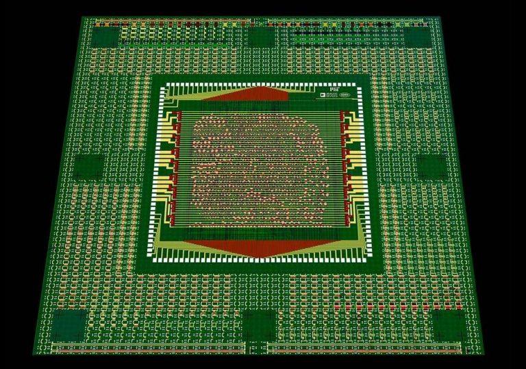 Le tout premier microprocesseur fonctionnel constitué uniquement de nanotubes de carbone