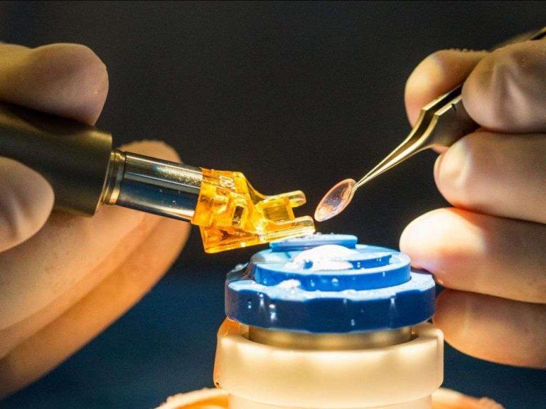Première régénération de la cornée par des cellules souches