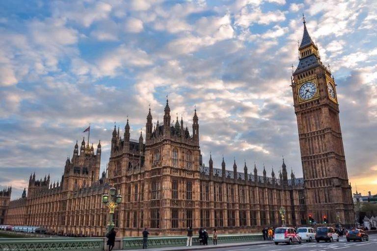 [Revue de presse] Brexit : face à Boris Johnson, de nombreux parlementaires déterminés à empêcher un no deal