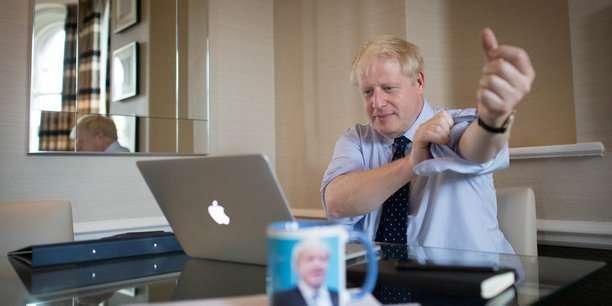 Brexit: l'UE attend de Boris Johnson qu'il améliore son offre