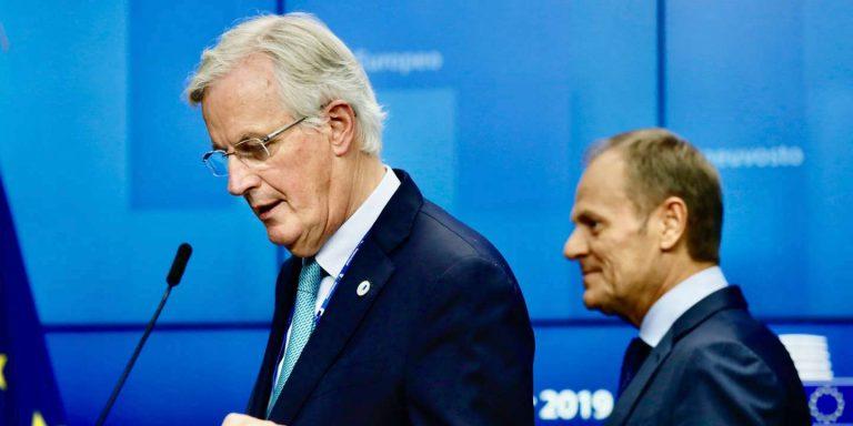 Brexit: malgré la demande d'un nouveau report, le processus de ratification continue à Bruxelles