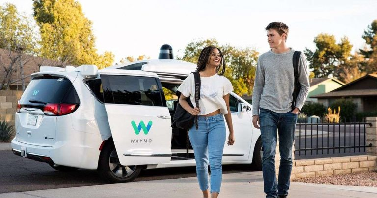 Californie : Waymo a transporté 6 299 passagers en 1 mois