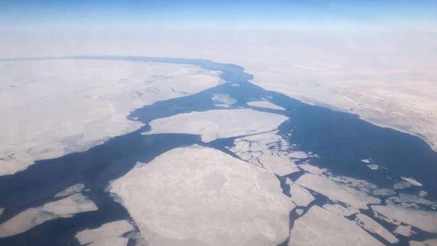 Le changement climatique pèse lourd sur les océans et les glaces