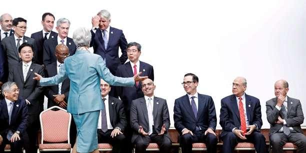 Les femmes dans la finance, majoritaires sauf au sommet