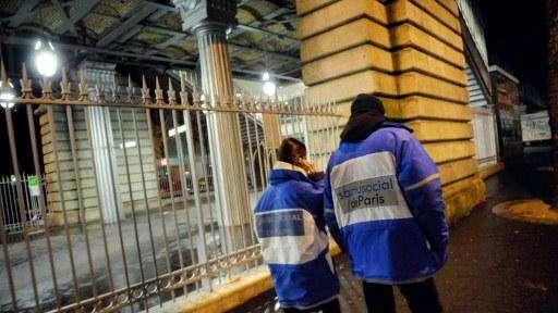 Paris : «Il n'y a jamais eu autant de familles dehors», selon le Samu Social