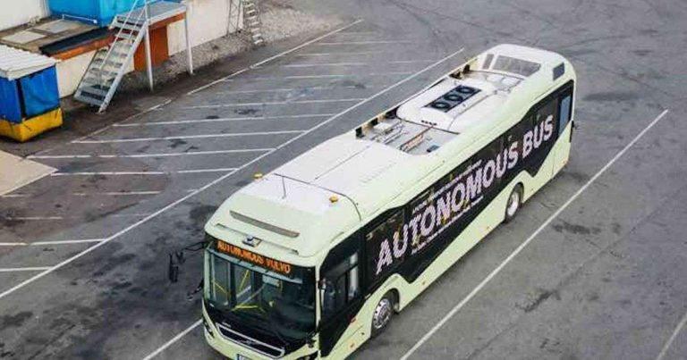 Volvo présente son prototype de bus autonome