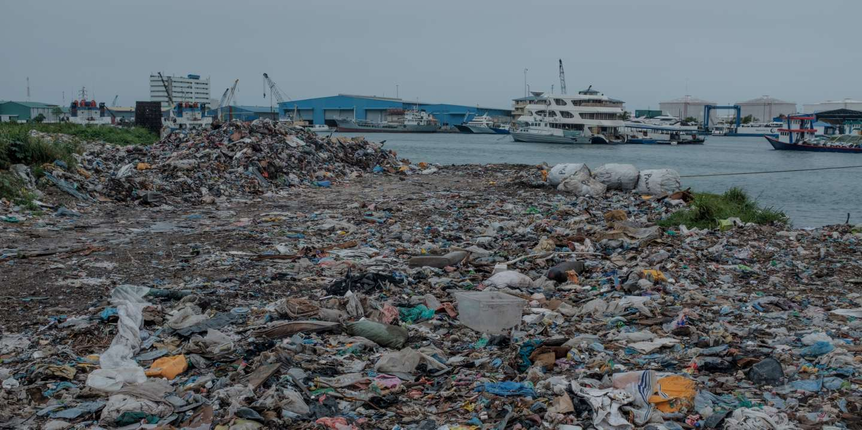 «Plastique» dans «Pollution»