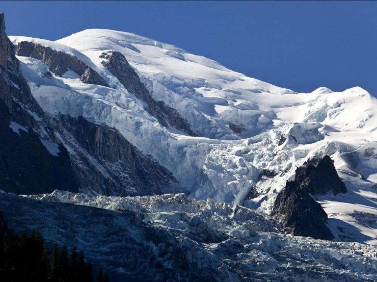 Changement climatique : le massif du Mont-Blanc s'écroule