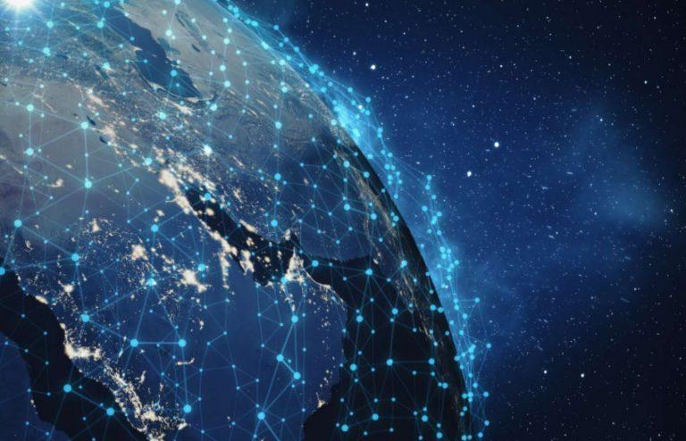 Elon Musk va accélérer le rythme d'envoi des satellites Starlink en orbite