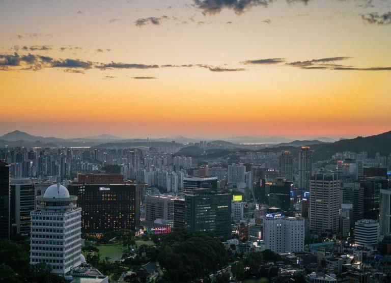 Séoul : des panneaux solaires sur tous les bâtiments publics d'ici 2022
