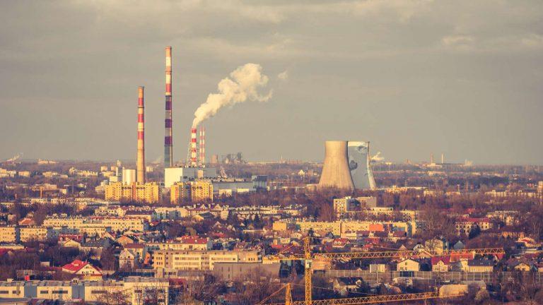 À Cracovie, des drones pour repérer les particuliers qui polluent