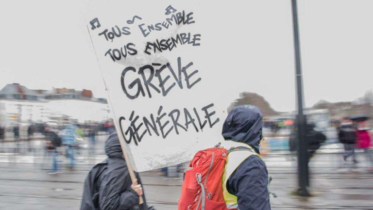 Avocats, médecins, infirmiers… : les professions libérales rejoignent le mouvement